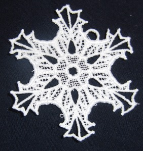 So far the only lace snowflake to turn out decent.