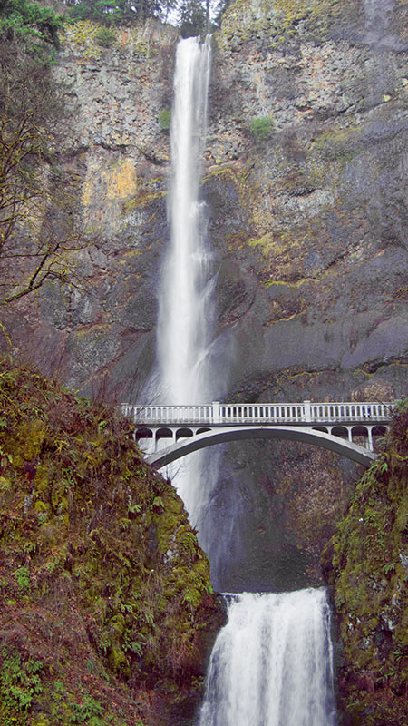 One of my favorite of his photos of Multnomah Falls